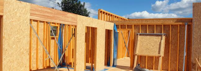 BOIS PE & TIPEE ensemble pour former à la CONSTRUCTION BOIS
