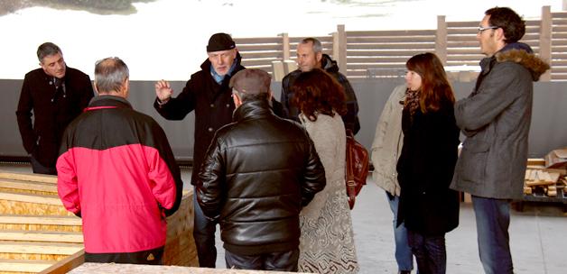 Les participants (Bailleurs sociaux, CAUE, DDT, Dréal…) à la journée rénovation bois en commande publique ont montré beaucoup d'intérêt pour l'ossature bois.