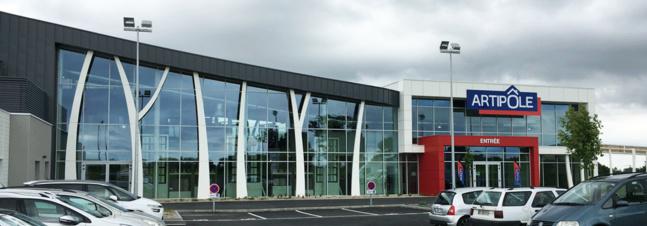 Artipôle - Un espace de 800 m² d'exposition et de 500 m² de bureaux pour un investissement de 2,5 millions d'euros.