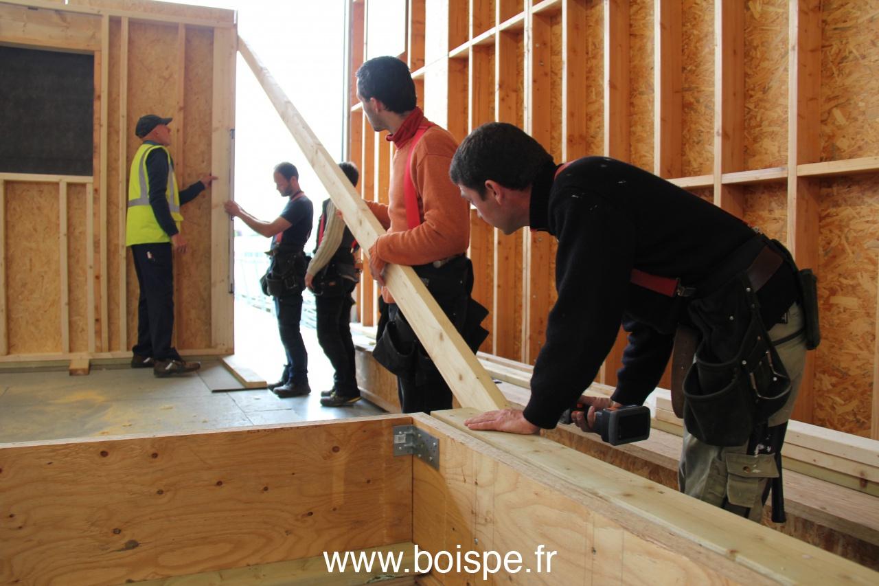 7 jours pour construire et agrandir en ossature bois photos for Construire et agrandir