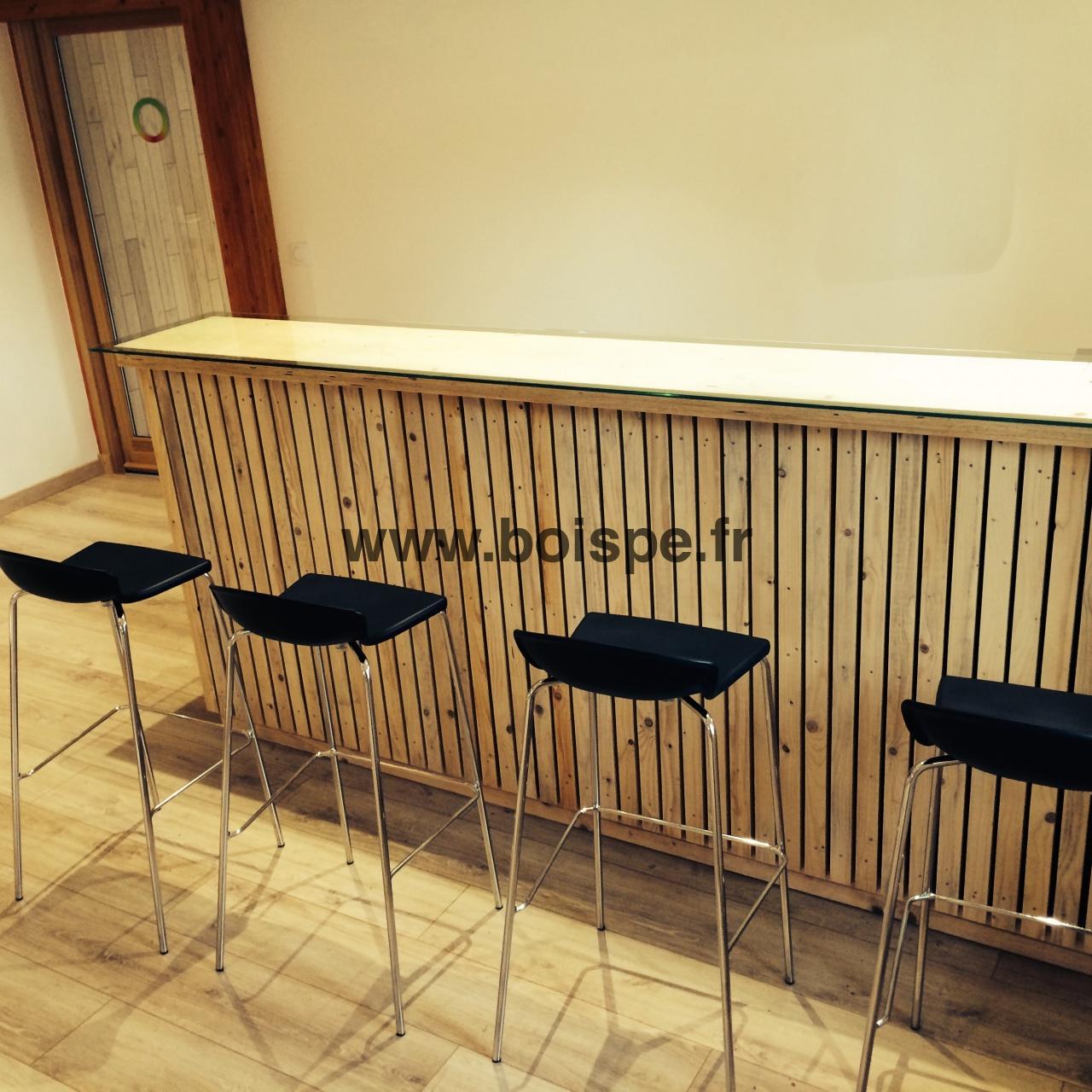 Bar bois pe7 fabriquer un bar tr s design partir d 39 l ments d 39 oss - Customiser un bar en bois ...